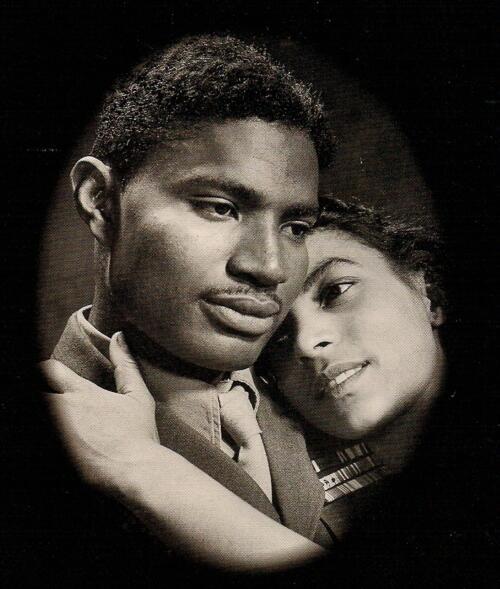 R.I.P. #RudyDee. Ruby & Ossie back 2gether again. Thank u 4 opening so many doors & shining ur light! #1ofAKind http://t.co/Jke9sxlN4o