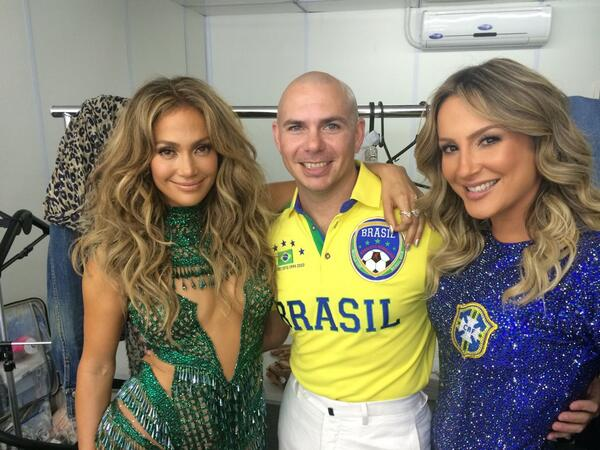 We Are One @JLo @ClaudiaLeitte @FIFAcom #dale http://t.co/aJ31cJWfeK
