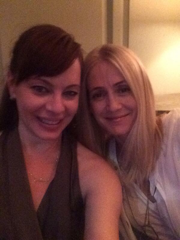 Kiki and Juju. Dinner with @kellyrowan http://t.co/B1KQSJzHml