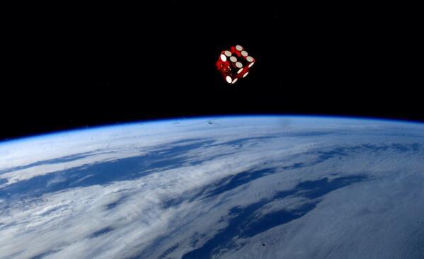 Wow. RT @washingtonpost: American astronaut @astro_reid's stellar Twitter photos http://t.co/Nm6B6RZwdA http://t.co/NMU5jccxRb