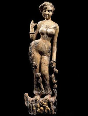 Seductive 1st century ivory figure; Begram, Afghanistan. Stolen during looting of the Kabul museum, now returned. http://t.co/pdTMG1Zzju