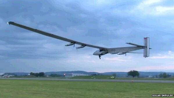 Wheels up! @solarimpulse plane makes inaugural flight http://t.co/nWsamivn4g Watch the video: http://t.co/uXqGWxaemt http://t.co/cDUBUiHMsM