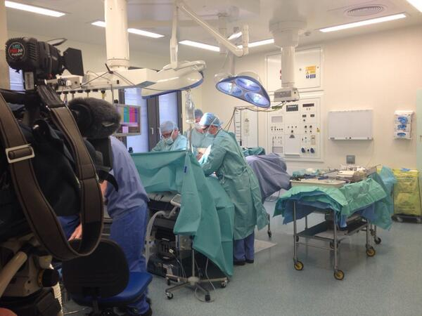 Susie Fowler-Watt (@susiefowlerwatt): Filming surgery @nnuh for my film about pioneering bowel cancer research @uniofeastanglia - watch @BBCLookEast 6.30pm http://t.co/DGghV0cIYA
