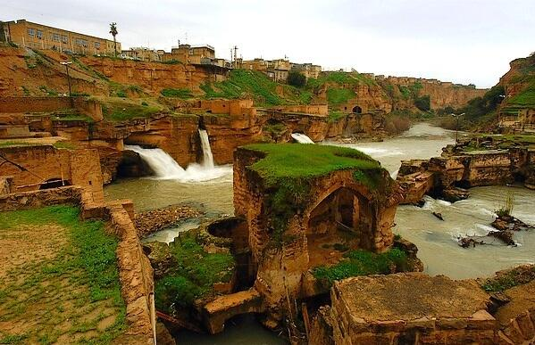 Shushtar, Iran, was once an ancient island city on the Karun river. Subterranean channels connected river to homes. http://t.co/vKvHgI2fan