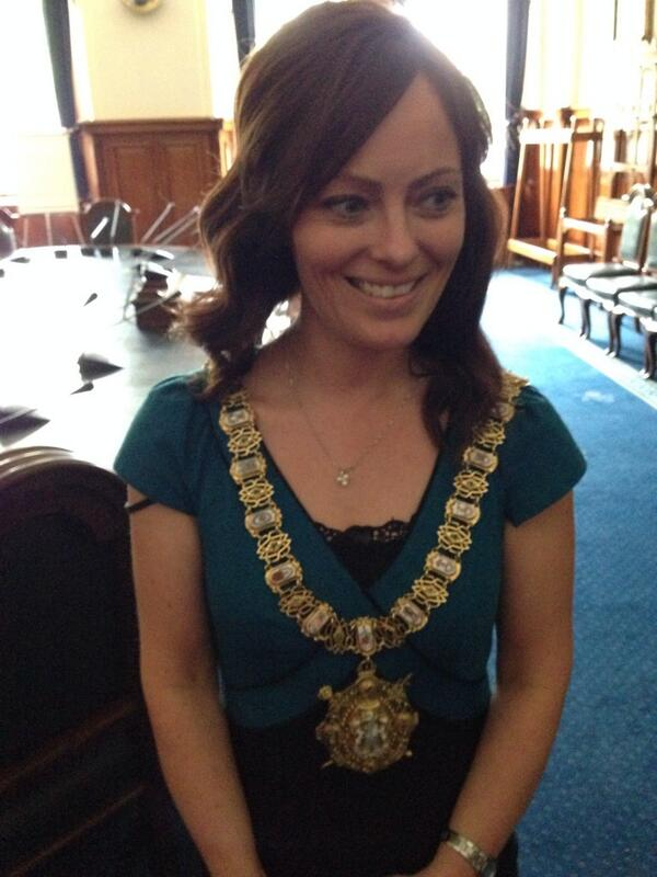Good luck 2 new 1st Citizen of Belfast  @NicholaMallon  She will do a great job for Belfast Pic from practice earlier http://t.co/PwHCdznhuU
