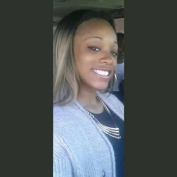 Ariauna Carr 16 last seen 6/1 around 131st n Gay area. any info please contact Garfield ...  http://t.co/3R8nJ8Y2Oz http://t.co/VofYbox2P4