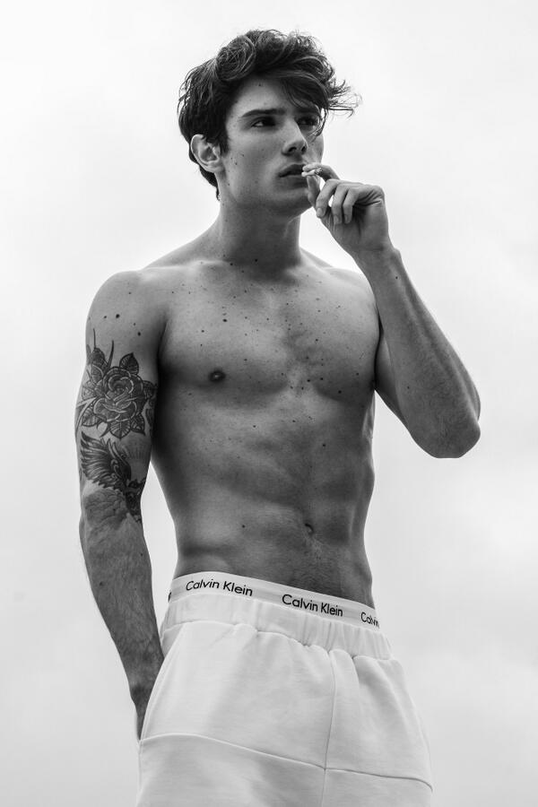 Love @DiegoBarrueco @EstModels in his Calvins + shorts by Musee Noir.  Photography by Michael Silver @Siderious http://t.co/nHEGgVxsF6