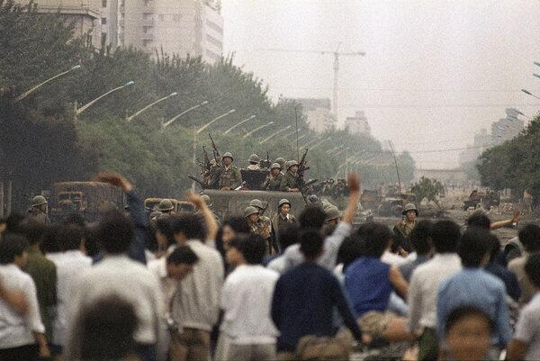 25 Years Later, Details Emerge of Army's Chaos Before Tiananmen Square  http://t.co/5dIJnGeYy9 六四前夕38军军长徐勤先抗命内情 http://t.co/SfQUKZrDLX