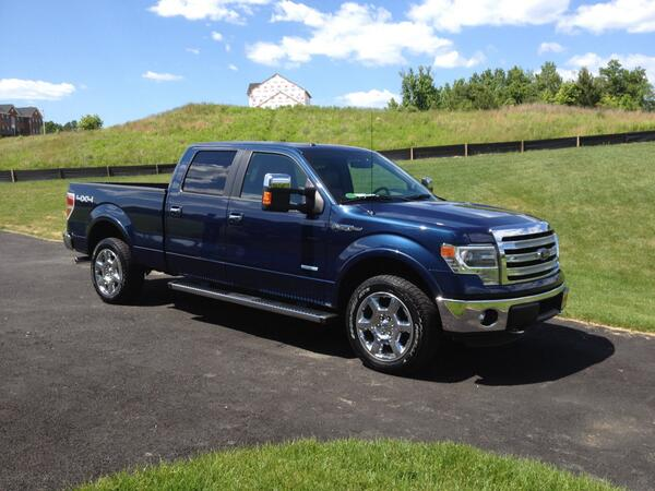 Went to get an oil change for my @Ford and ended up leaving with a new F-150.#MostExpensiveOilChangeEver http://t.co/XU1FY7LIuQ