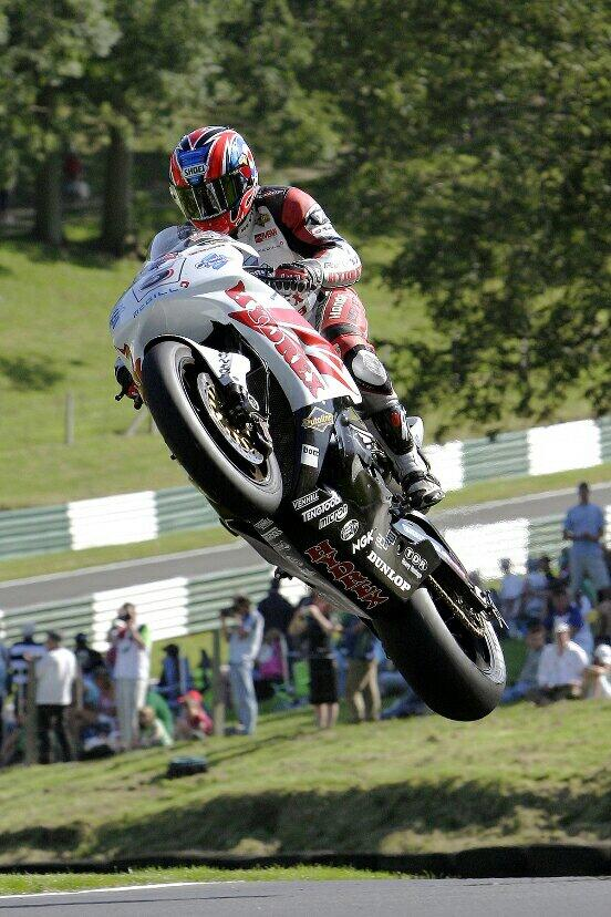 """@DaveNeal: Karl Harris, one of the Kings of the Cadwell Park Mountain #GoBig #RIPBomber http://t.co/Pqtqg9Ves4 That's how I'll remember him"