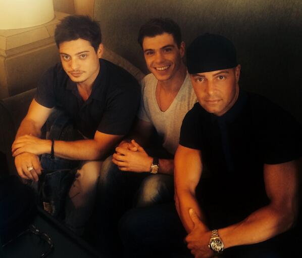 Projects in the works. #brothers @joeylawrence @_ReptileMan http://t.co/xOcIUeAvId