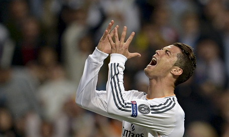 Ghanaian witch doctor claims he caused Cristiano Ronaldo's injury http://t.co/iYvu2ypOaP (Photo: AFP) http://t.co/zljtZyV7Yg