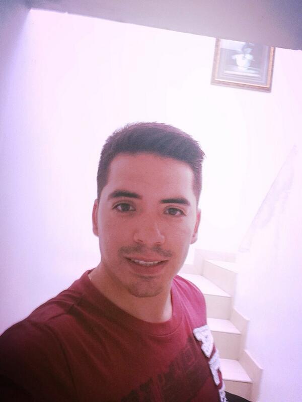 Arturo Vargas Rios (@LosPrimosArturo): Fuga pa Monterrey un poco barbón ánimo http://t.co/WQwLJDEdqg