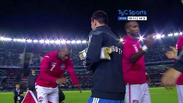 BpVRpRzIcAApENB Trinidad & Tobagos Ataullah Guerra bows down to Lionel Messi pre Argentina friendly!