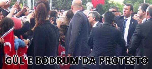 Muhalif Gazete (@muhalifgazete): Cumhurbaşkanı Abdullah Gül'e Bodrum'da protesto! http://t.co/729R2QsvqR http://t.co/5UjgBvEMED