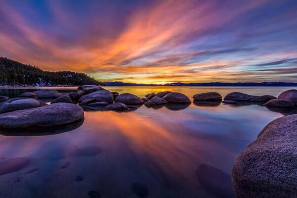 """#quote """"@gede_prama: Peace is the silence of mind, love is the smile of heart.. http://t.co/ieveiIH7kw @DerickPauls: http://t.co/nsmE1o0D27"""""""