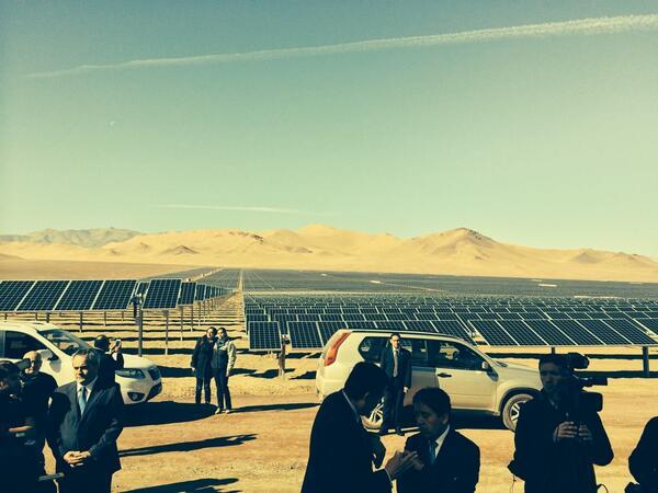 Planta solar amanecer solar de 100mw se construyó en 6 meses a precios cercanos a carbón. Es una triunfo para Ernc http://t.co/VX0Amkg8Nn