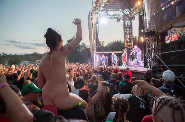 Fuck yeahhh we can't wait to see the juggalettes reppin' at this year's #GOTJ! WHOOP WHOOP http://t.co/yFXjOAd6Kk