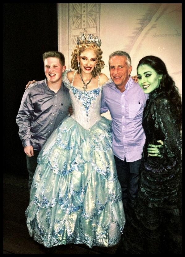 El productor de Wicked, Marc Platt desde Los Ángeles. @Teatro_Telcel http://t.co/P6GEYix5DN