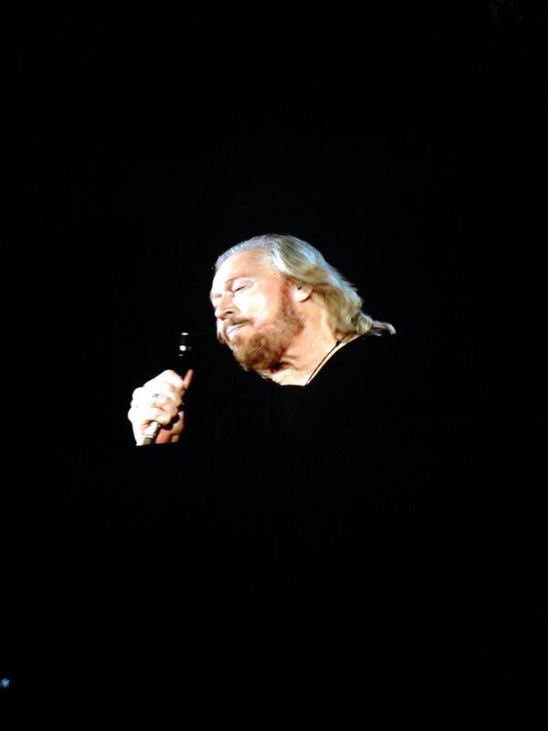 RT @funnygirlM3: Barry Gibb!! http://t.co/RIVHEEfYOp