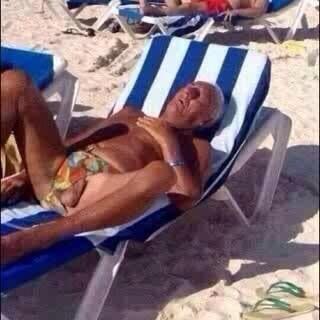 Check this mal pic I found of @DJRogerGoode's uncle in Ibiza. Kak serious about his linke eier ne, @siasduplessis? http://t.co/mjAvpHgOYv