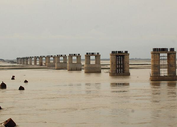 Sanctioned 16 years ago, Assam's Bogibeel Bridge on the Brahmaputra has only pillars to show http://t.co/5RyJfnHImA http://t.co/0nQ7WFNsep