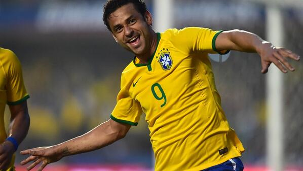 Fred was the difference for Brazil against Serbia [via @FIFAWorldCup]
