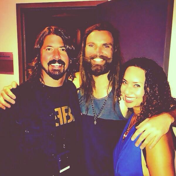 Me and the drummer from Scream hanging with the totally shredding Scheila Gonzales. http://t.co/Nr8htyv8dp