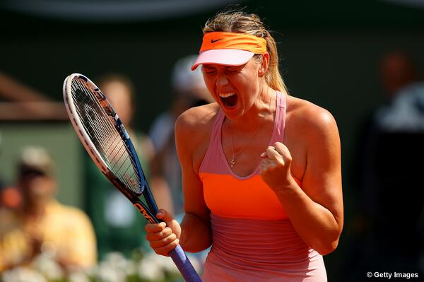 .@MariaSharapova captures 2nd @RolandGarros title in 3yrs w/ 64 67(5) 64 win over Halep! http://t.co/3Hg7ZDtoAY #RG14 http://t.co/x3HvK79Pse