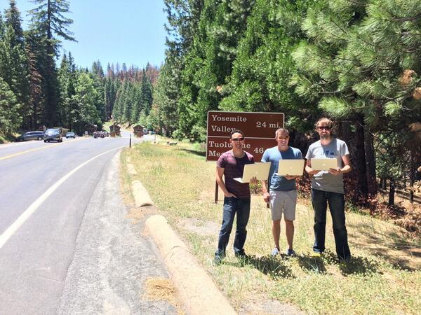 First laptops running Yosemite at Yosemite http://t.co/jNuZQtEZCy