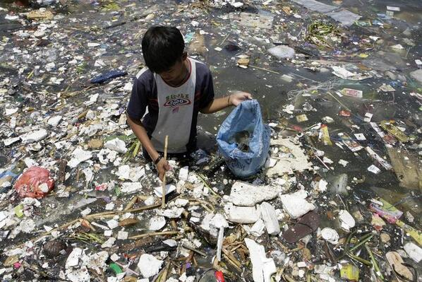 """""""@wef: The Great Pacific garbage patch could now be 17 times the size of Switzerland: http://t.co/2PV2BQvg92 -http://t.co/ob4VpmyfRN"""
