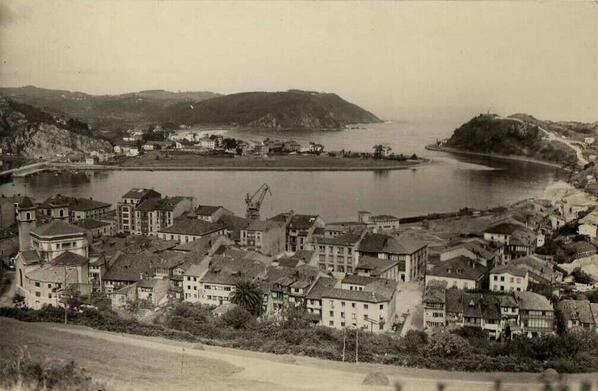#Ribadesella/Ribeseya, Asturias a principios del siglo XX. CC @VisitasAsturias http://t.co/EATYHBHEip