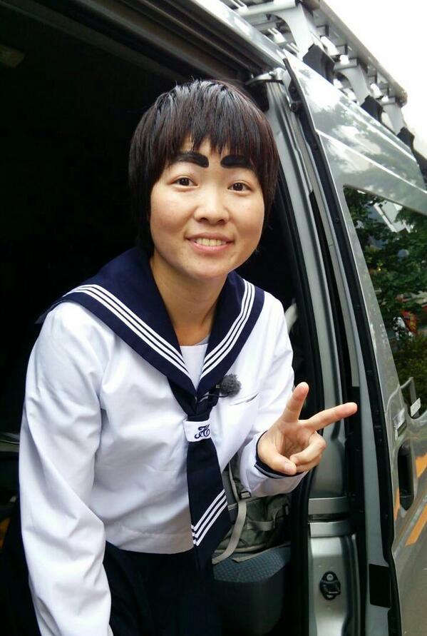 【イモトアヤコ】 本日19:58からOA、 世界の果てまでイッテQ!  もう次の山に挑戦?!  この登山にかける、イモトと天国じじいの単独インタビューに泣いた?!OAで確認を!  写真は、日本に到着イモト。 @imotodesse http://t.co/StoOUw4pd0