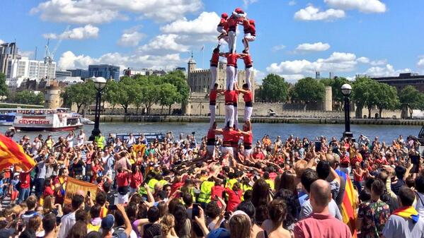 #catalanswanttovote http://t.co/7F7Ap7HvJ5