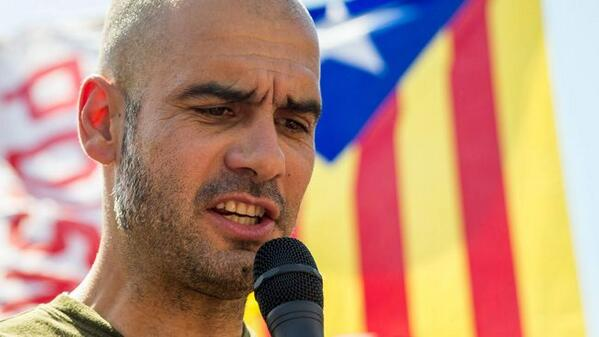 Guardiola llegeix el manifest dels castells pel 9-N a Berlin: http://t.co/KpjbcMZmlZ #Catalanswanttovote http://t.co/H2OWf1ux2A