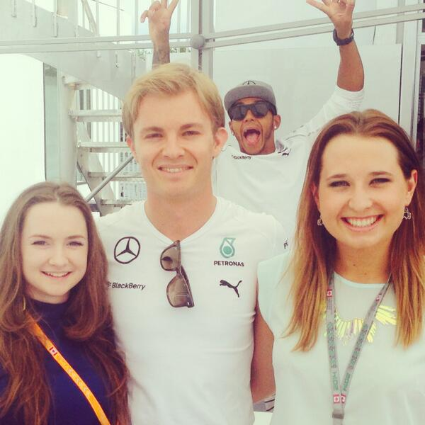 Who's gonna be smiling after T1? RT: Best... #photobomb... EVER!!! @LewisHamilton @nico_rosberg #F1 #TheMontREALdeal http://t.co/I5qXYXKi9A