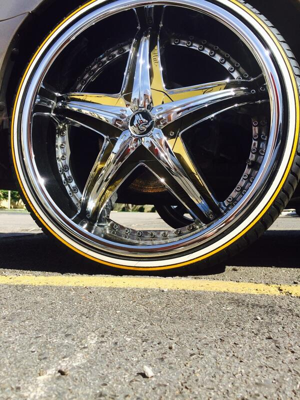 If you need custom white walls for your whip holla @tiresurgeon any color and size 22s to 32s http://t.co/tnaPBzfaez