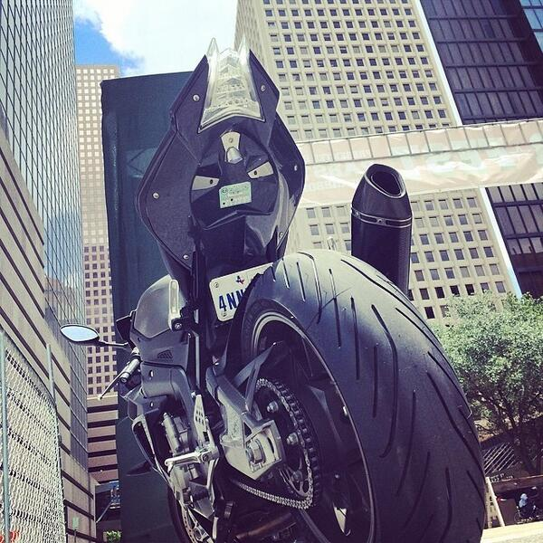 Downtown on a sportbike on a Sunday #freedom #biker #bikerforlife #motorcycle #s1000rr #... http://t.co/LZljx8tERm http://t.co/if3fpXqi2P