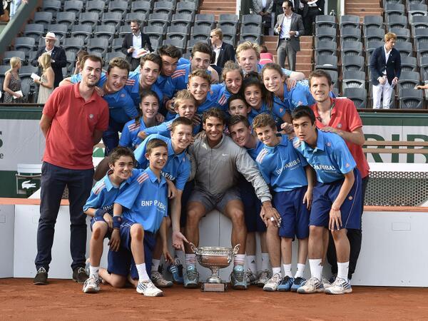 Rafael Nadal Wins Battle For No. 1; Historic Ninth Roland Garros Crown! More PHOTOS: http://t.co/PJ5Qr5PNhq. (FFT) http://t.co/X1Vy7JbiBm