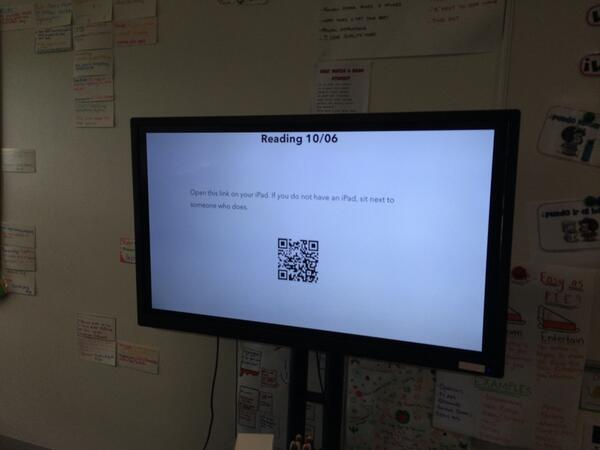 Teachers at @aitkencreekps using @evernote Presentation mode in the classroom! #evernote #evernotebusiness #vicpln http://t.co/EkGCVJ1Mqm