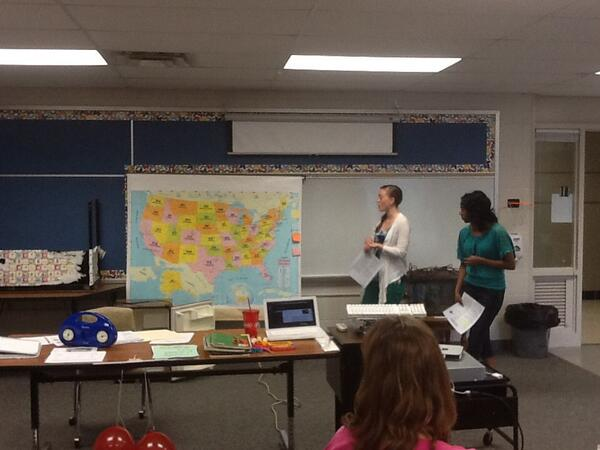 Weather around the U.S. Project presentation #dpln http://t.co/No4hgCvjJR