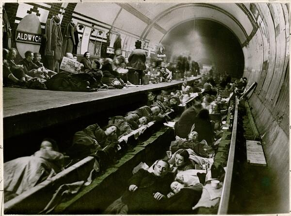 Londoners seek shelter during WWII in the Aldwych tube station, April 1941 http://t.co/4WzHZz0pMe