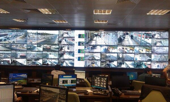 Control room of Lahore Metro. All stations and entire BRT path, being monitored all the way, in real-time. http://t.co/eXv3xFvPAr