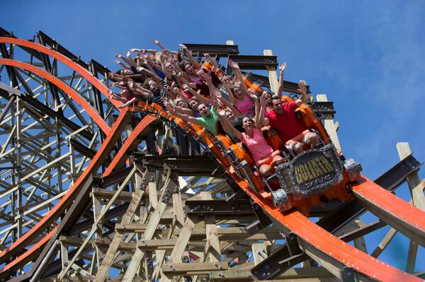 RETWEET if you want to take a ride on @SFGreat_America's new #Goliath coaster this summer! #TravelTuesday http://t.co/dEvA4i2A4w