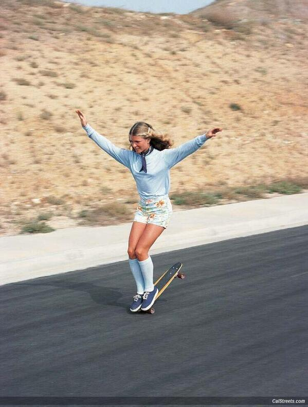 Ellen O'Neal, the greatest woman freestyle skateboarder in the 1970's http://t.co/FyIMkFdjDM