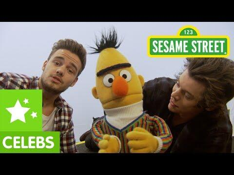 Does @onedirection know the alphabet? Don't worry, Bert's here to help!   WATCH: http://t.co/8KYFcwsWvo http://t.co/StSJcriH3U
