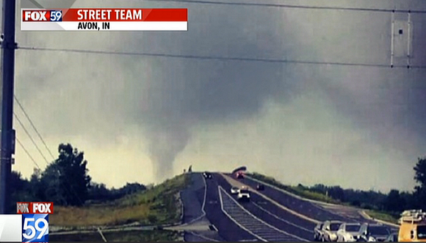 #INWX #INDY Here is a tornado pic from Avon sent to our partners from @fox59! M. http://t.co/fk5x3q9Uuw