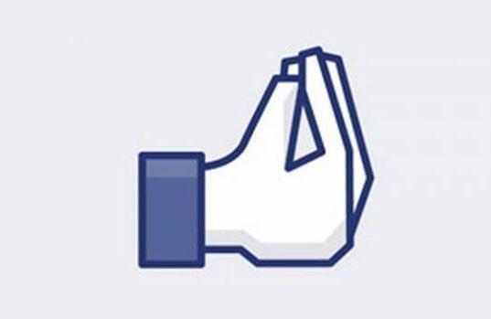 Facebook na Itália. http://t.co/dKuWJorPjd