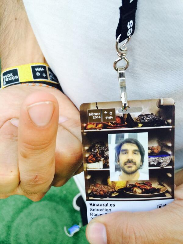 RT @pabloporcar: La prueba del delito. Sebas in in #sonar2014 #sebasalsonar http://t.co/ovEioWrwiL