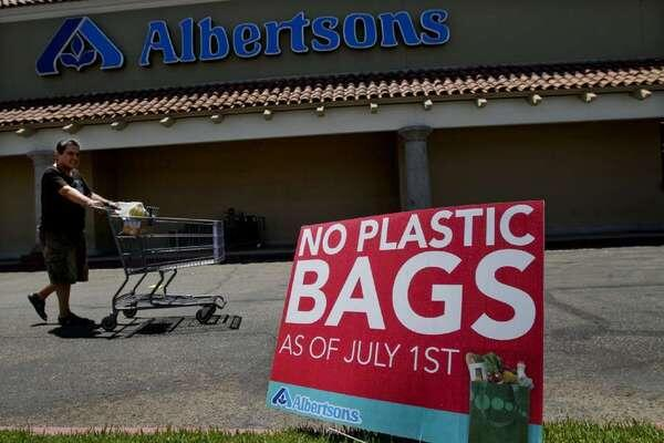 Plastic bag ban: Its time has come for California http://t.co/9S2rpLgKIC http://t.co/A74sfRPMGb